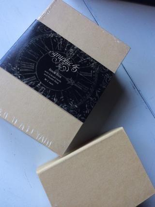 Preparar cajas: Usé Graphic 45 cajas de libros.