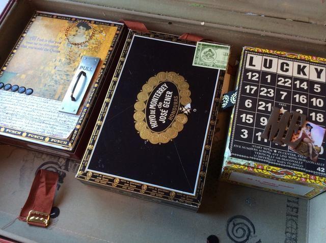 Cigarro u otras cajas con tapa upcycled son una gran opción también.