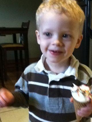 Los niños les encanta y es's less messy than melting ice cream.. I hope your kids enjoy them too! :)