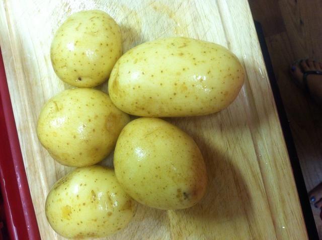 Siguiente consiguen las patatas listas para que hagan lavados hasta ...