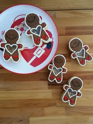 Agitar, agitar, agitar hasta que pueda't resist the cuteness anymore. The flavors can easily be changes with different clear extracts. And you can add extract to your royal icing. I hope you enjoy
