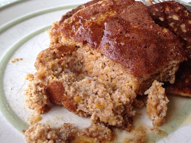 Cierre de la textura. A diferencia de tortitas de harina regulares, pero todavía esponjoso y delicioso!