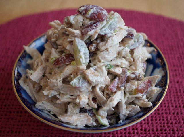 Cómo hacer ensalada de pollo increíble W / Nueces y Uvas Receta