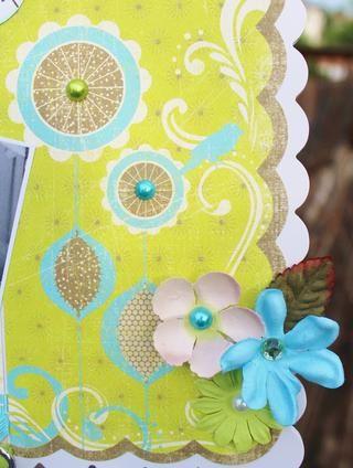 añadir pedrería de papel impreso en el lado derecho y para los centros de flores. también se puede embellecer el clip con flores, cintas o pedrería. yo estaba contento con el equilibrio, así que didn't.