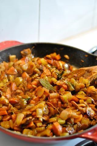 Esto es lo que la mezcla se verá como después de que's been cooked down and caramelized. Yum.