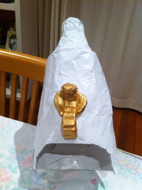 Cómo hacer una corona egipcia