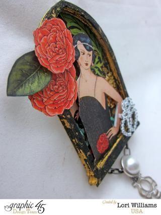 Añadir un pin de nuevo a la parte posterior de su pin y cualquier otro adorno que te pueden gustar. He añadido una cadena con un colgante Gráfico 45 llave de apagado y una perla.