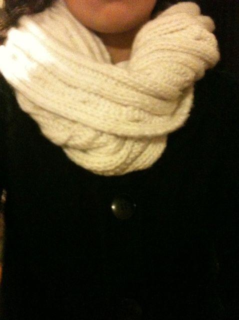Cómo hacer una salida Infinity bufanda de uno normal
