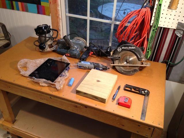 Muestra de herramientas necesarias en mi nuevo banco de trabajo, ver otra Snapguide para ese proyecto.