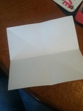 Así que cuando se despliegan, se ve como un cruce con una línea diagonal hacia abajo!