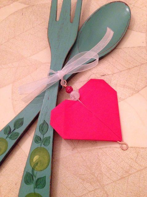 Cómo hacer un Origami Ornamento del corazón para San Valentín's Day