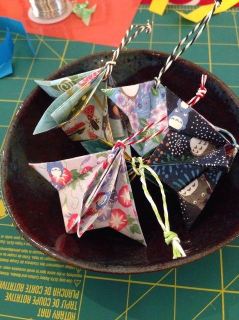 Fotografía - Cómo hacer un ornamento de Origami para la Navidad