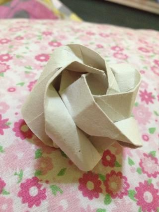 Y tú're done! Kawasaki rose complete. Like, Comment and of course... FOLLOW :))