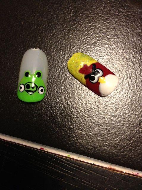 Cómo hacer Angry Birds, malvados cerdos Nail Art