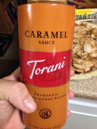 Caramel YUM! Puede utilizar cualquier marca, pero yo prefiero Torani.
