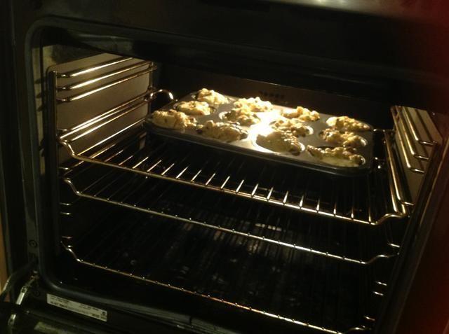 Coloque la bandeja de mollete en el horno durante 20 minutos.