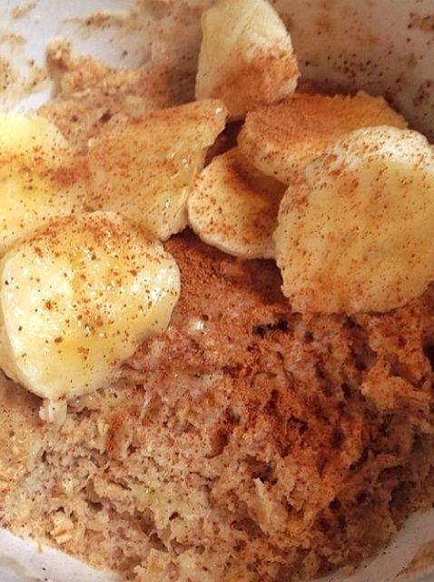 Cómo hacer desayuno de coco y plátano taza Receta de la torta