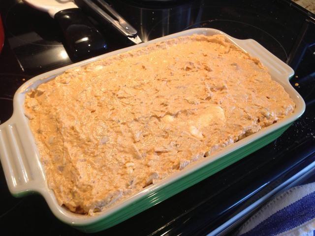 Ponga la mezcla en un molde para horno y extender uniformemente.