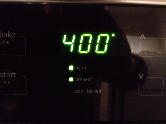 Precaliente el horno a 400 para (opcional) calabacín.