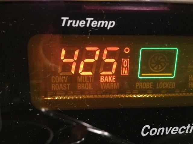 Precaliente el horno a 425 grados.