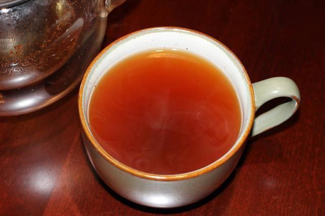 Deje que el agua y chaga empinada polvo caliente durante al menos 3 minutos antes de beber. Si lo desea, agregue la miel, limón o miel de maple al gusto. Don't forget to check out chagahq.com for more info.