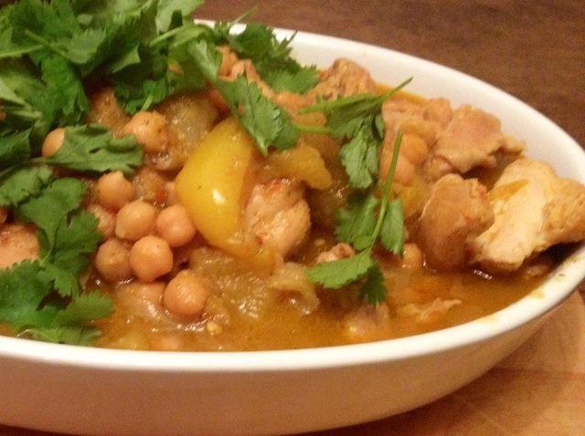 Cómo hacer pollo al curry amarillo Receta