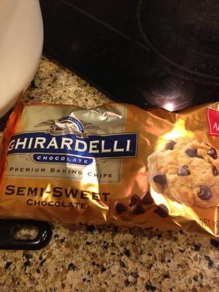 Añadir 1c de chispas de chocolate semi dulce.