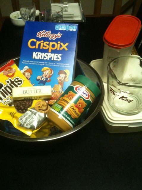 Cómo hacer mantequilla de cacahuete del Crunch (Puppy Chow) Receta