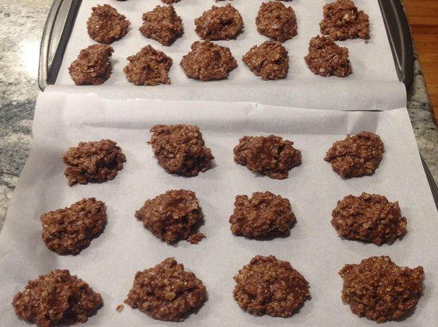 Cómo hacer mantequilla de cacahuete del No-Bake Receta de las galletas