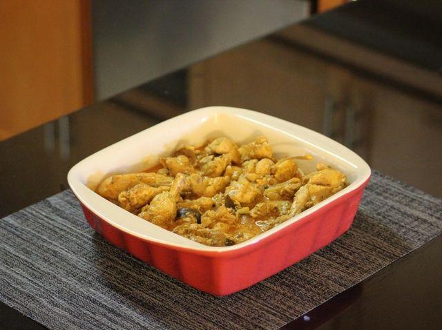 Cómo hacer canela pollo al curry Receta