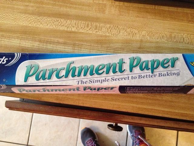 Bandeja de horno con papel pergamino Línea
