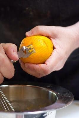 La ralladura de 1 naranja