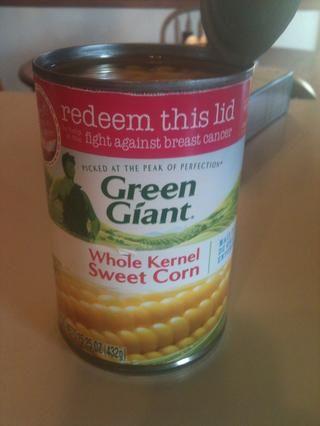 Y una lata de maíz (sin escurrir!) En un tazón