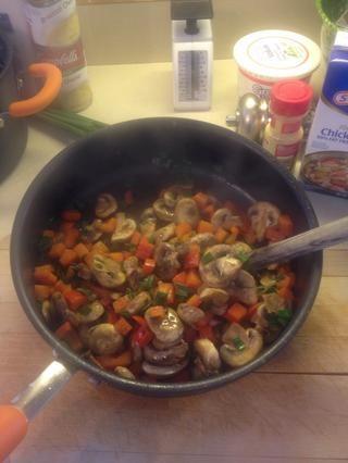 Cuando se licitarán verduras retirar del fuego.