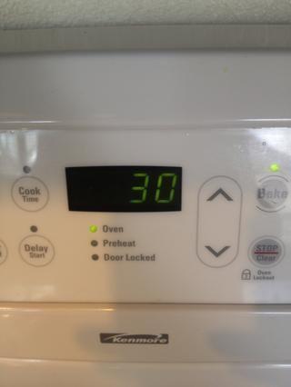 Coloque en el horno y hornear durante 30 minutos.