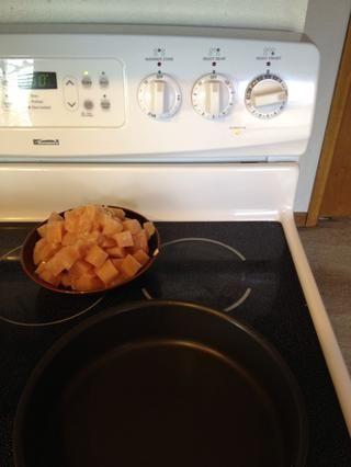 Calentar la sartén a fuego medio.