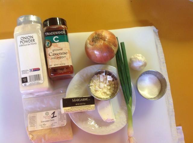 ¡Fuera todos ustedes, los ingredientes y preparar antes de empezar a cocinar.