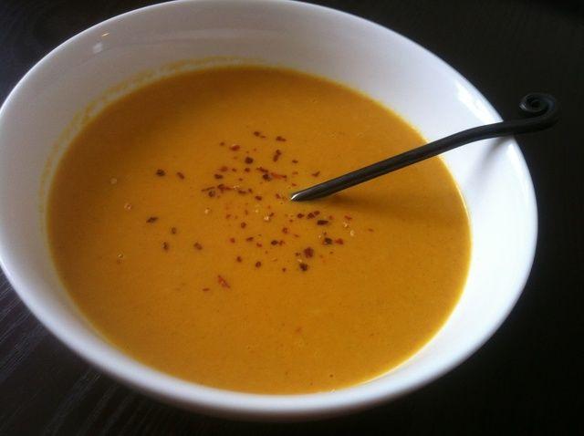 Cómo hacer curry de coco sopa de zanahoria Receta