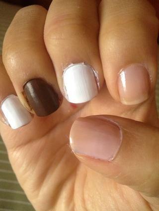 Pinta tus uñas como este