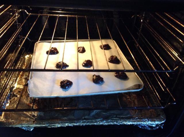 Hornear en horno caliente durante diez a quince minutos