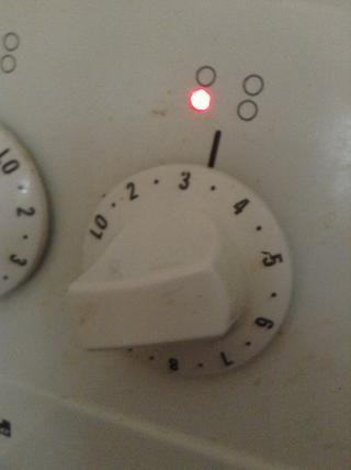 Una vez en hervir baje a bajo o 3 durante unos 25 minutos o hasta que las papas estén suaves.
