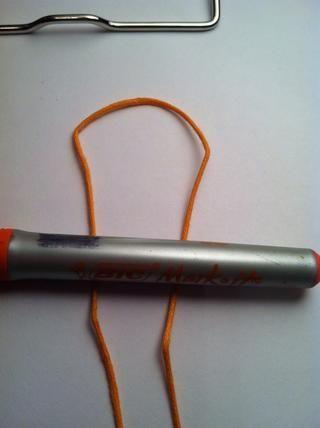 Doblar y crear bucles. Coloque detrás del objeto.