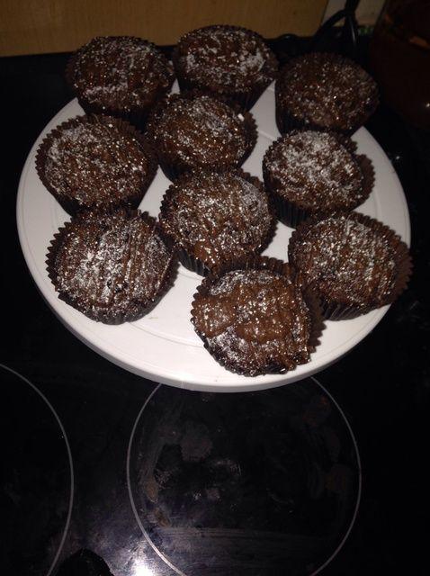 Cómo hacer doble chocolate, huevo gratuito Muffins Receta