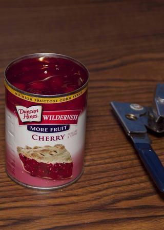 Al igual que mientras yo abro las cerezas -)