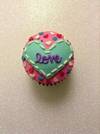 Se adhieren a sus cupcakes! Y que la creación comienza.