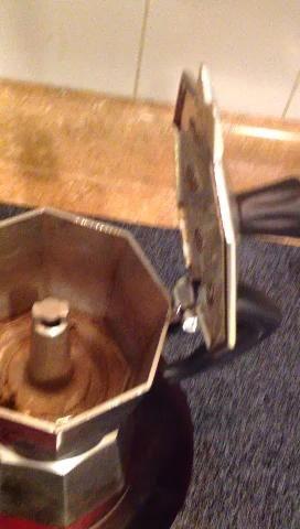 He aquí por qué parece que como el café detrás de elaborar cerveza.