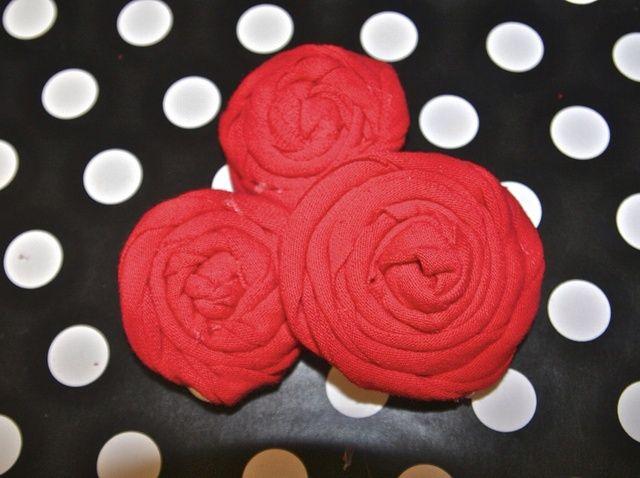 Cómo hacer flores de la tela