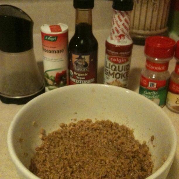 Agregue los ingredientes restantes y revuelva bien. Deje reposar durante 5 - 15 minutos después pelusa con un tenedor.