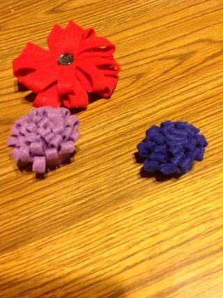 ¡Viola! Tiene pequeñas flores lindas, sin costura es necesario!