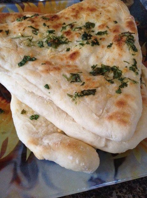 Cómo hacer fresco Naan Eggless receta muy deliciosa